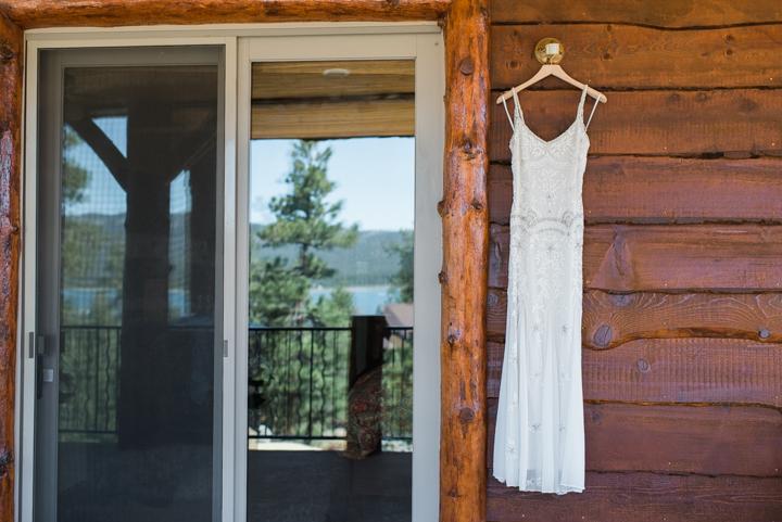 big-bear-intimate-cabin-wedding-3