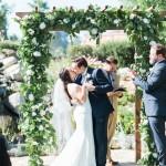 bella-gardens-estate-murrieta-wedding first kiss